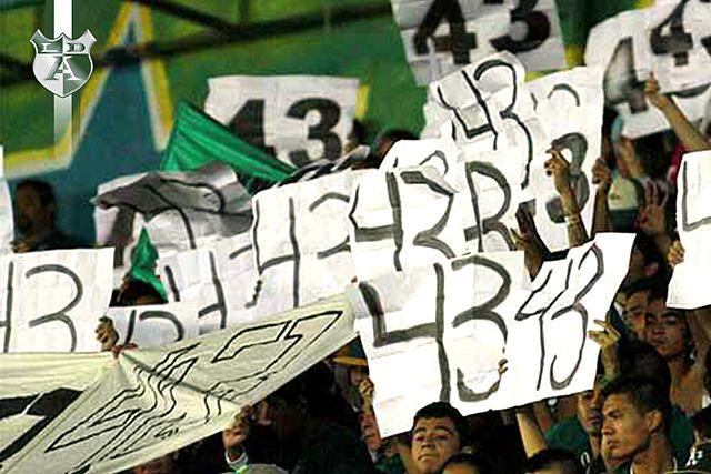 protesta_los_de_arriba_leon_43_ayotzinapa