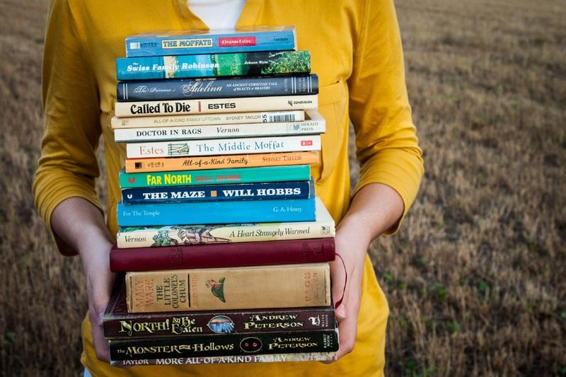 grass-novel-read-people-girl-reading-541264-pxhere-com