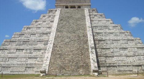 Renace el pasado prehispánico a la luz del Tren Maya